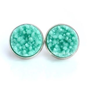3/$15🎀 Sweet Mint faux druzy studs
